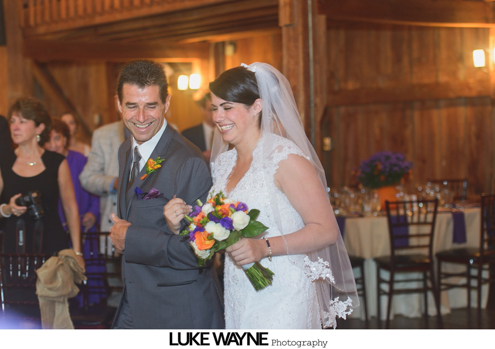 Barns_At_Wesleyan_Hills_Wedding_Photography_19