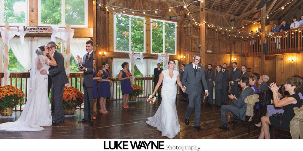 Barns_At_Wesleyan_Hills_Wedding_Photography_23