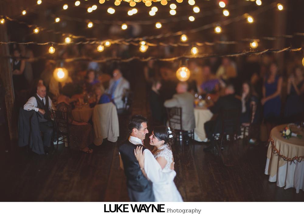Barns_At_Wesleyan_Hills_Wedding_Photography_37