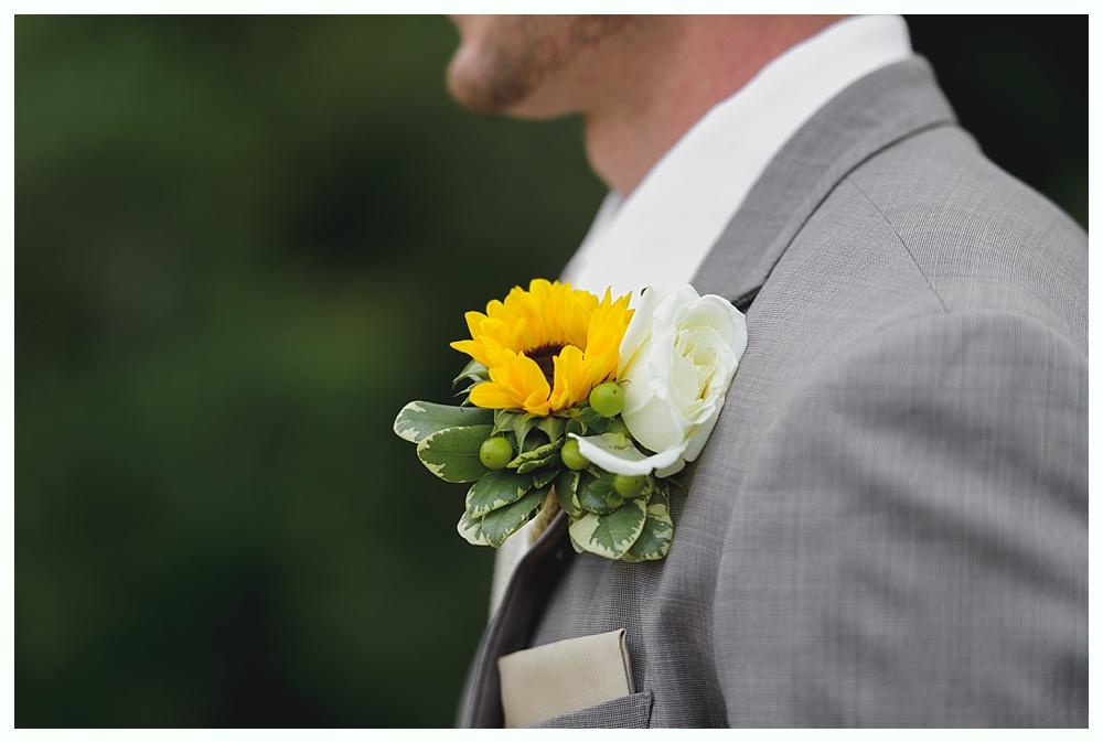 Rosedale_Farms_Vineyard_Wedding_Simsbury_CT_11