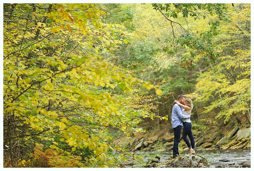 CT_Engagement_Photography_Outdoor_Forest_08