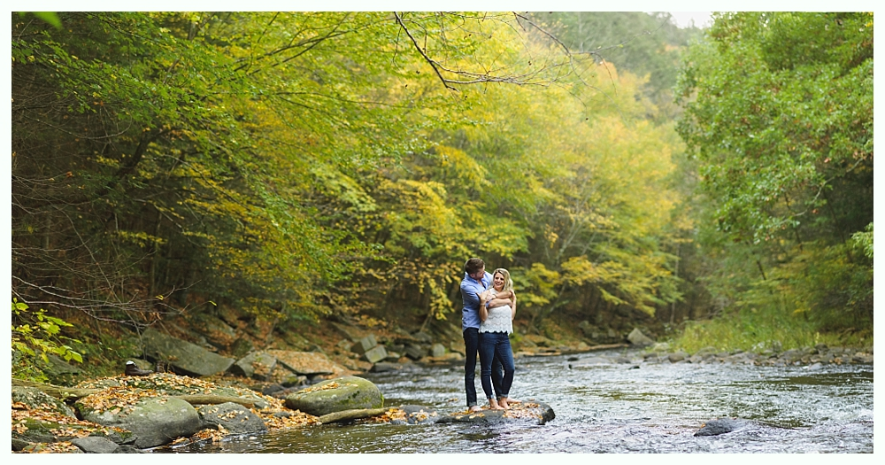 CT_Engagement_Photography_Outdoor_Forest_18