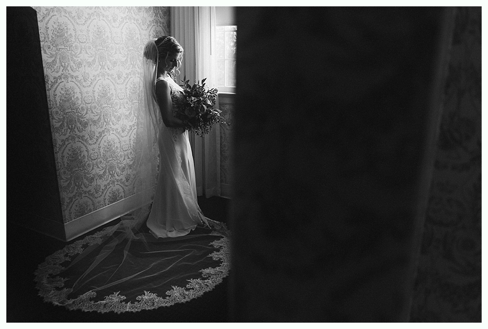 CT_Wedding_Photographer_Simsbury_Inn_06